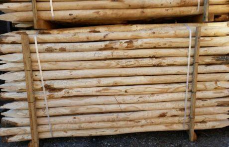 Pali in Castagno Scortecciato con Punta